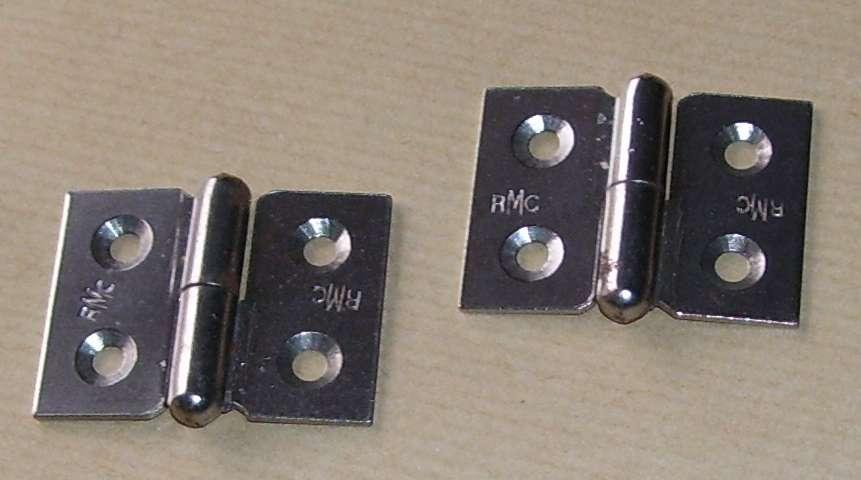 Quatre Paumelles Pour Porte Meuble, Placard, Etc... En Acier Cadmié. (2  Charnières) Ouverture Droite 40mm X 30mm. Fixation Par 4 Vis 4mm Non  Fournies